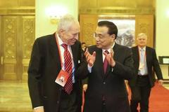费尔普斯:中国应提供紧急就业补贴