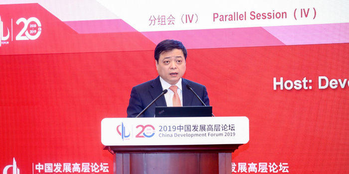 南存辉:企业要以市场需求导向 推出数字化智能化服务