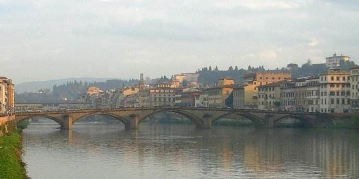 大桥垮塌灾难发生后 意大利矛头直指欧盟的预算限制