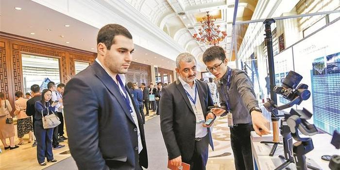 工信部單立坡:中小企業要主動擁抱5G和工業互聯網
