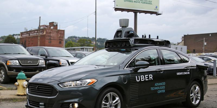 Uber申请恢复路测自动驾驶汽车:前排将有两名司机