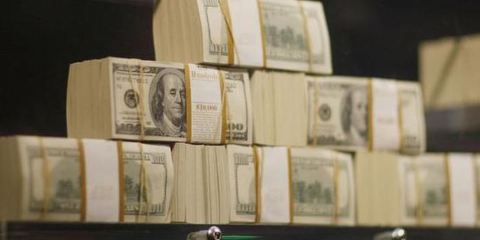 瑞银:投资者在为美股下跌做准备 预计明年大幅下滑