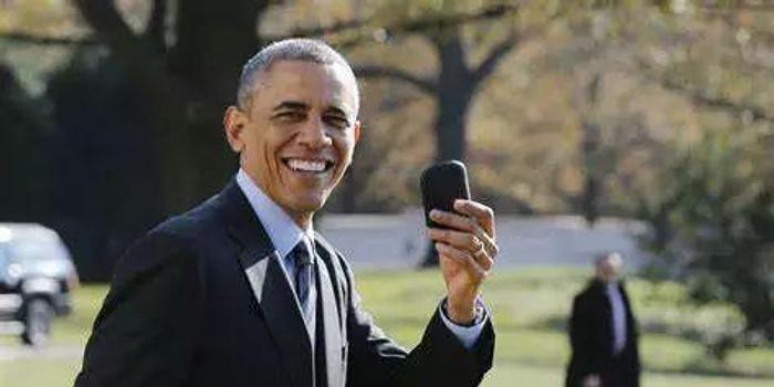 奥巴马曾经爱不释手的黑莓手机现在怎么样了?