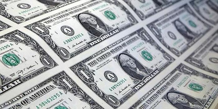 美联储周二定期回购操作一个月来首次获得超额认购