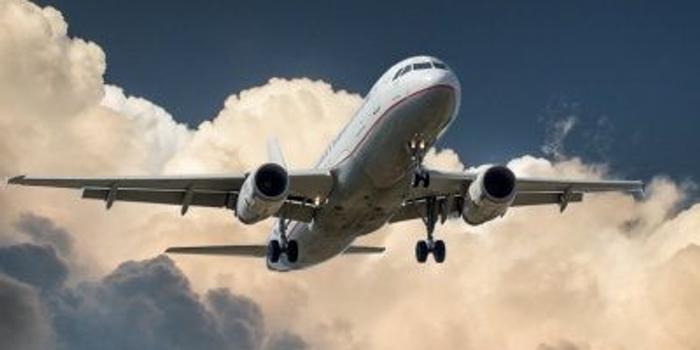 国泰君安(香港):东方航空买入评级 目标价5.49港元