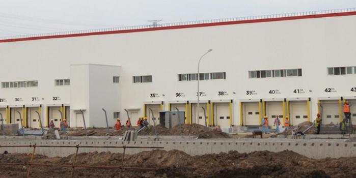 特斯拉中国工厂本月投产 目标年底前周产千辆Model 3
