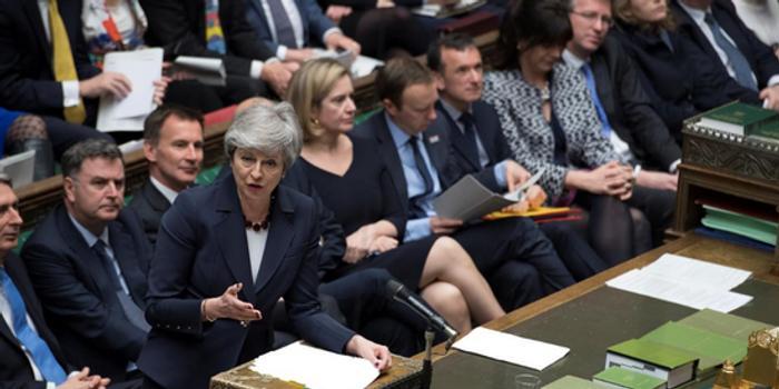 天津11选5_英国议会拒绝所有8个脱欧选项 关税同盟方案差距最小