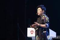 """邓亚萍:女性消费成体育业新增长点 """"她经济""""不容小觑"""