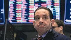 """财经观察:美股暴跌""""回应""""特朗普对华再征税威胁"""