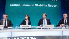 IMF: 全球金融中长期风险居高 鼓励中国继续去杠杆