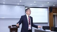 香港中文大学工商管理学院院长陈家乐出席并演讲