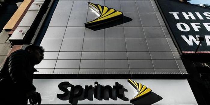 据说Dish拟斥资60亿美元收购T-Mobile和Sprint的资产