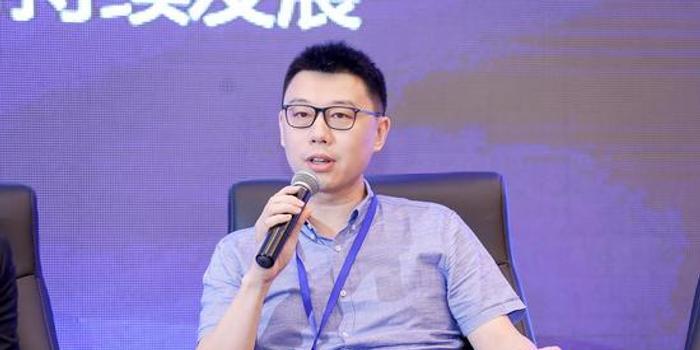 张鹏出席第14届欧美同学会北京论坛