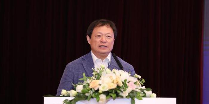 王俊峰出席第14届欧美同学会北京论坛