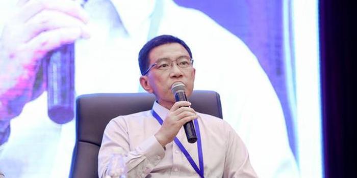 张宣出席第14届欧美同学会北京论坛