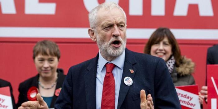 英国工党:对年收入逾8万英镑者加税并引入金融交易税