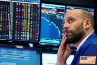 避险情绪升温全球股市低迷 美股期指重挫