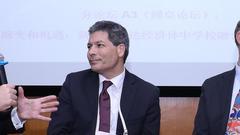 美国国际精英商学院协会高级副总裁出席圆桌论坛
