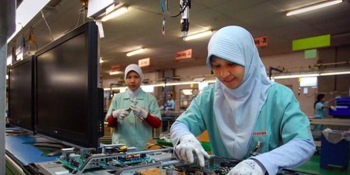 国际劳工组织:10%高收入者占据全球一半薪酬