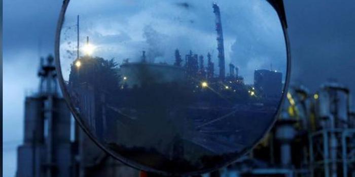 日本11月工業產出環比下降0.9%