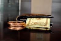 银保监会点名不良资产、影子银行等五大金融风险