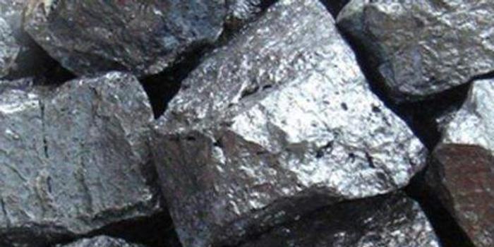 铁矿石短期跟随成材反弹 中长期空头思路不改
