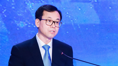 吕岩松:我国应深度参与全球治理和国际经贸规则制定