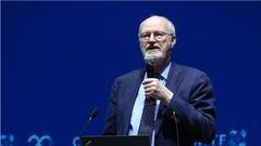 罗伯特·格拉布斯:有机合成化学应用于医疗材料领域