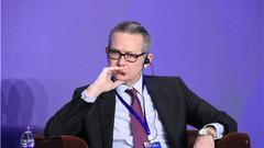 穆迪主权风险部副总裁Martin Petch