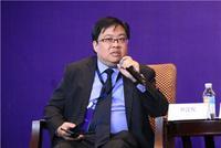 穆迪香港地区主管、大中华区信用研究分析主管钟汶权主持