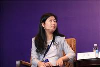 中诚信国际结构融资部总经理王立主持会议