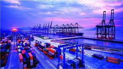 7月进出口增速分别回落至14.7%和11.2% 顺差扩大1.4%