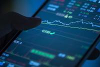"""华创证券中期策略:动能切换先抑后扬 价值白马""""正合"""""""