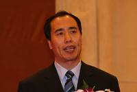 王兆星:继续紧盯房地产金融风险 严格控制投机性房贷