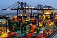 海关总署:前4个月对美贸易顺差5701.9亿元 扩大10.5%