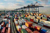 4月我国贸易顺差935.7亿元 收窄43.8%