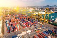 前4个月我国贸易顺差6181.7亿元 同比扩大31.8%