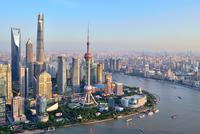 上海已建成5G基站超过3000座 年内将建成13000座