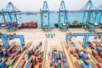 海关总署:上半年中国对美贸易顺差同比扩大12%