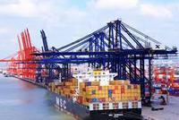 海关总署:与一带一路沿线国家外贸进出口5.03万亿元