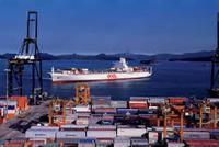 前7个月我国与美国进出口2.1万亿元 下降8.1%