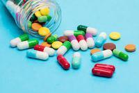 新版基本医保药品目录发布 优先考虑国家基本药物等