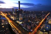 国办:大力发展夜间文旅经济 丰富夜间文化演出市场