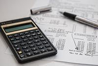 两家保险机构欺骗投保人 遭银保监会通报批评