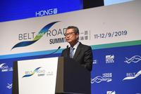 """谢锋:搭上国家快速发展的""""高铁""""是香港的不二选择"""