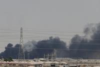 布伦特原油跳涨19% 此前产油设施遭袭沙特减少供应