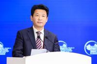 滕宪忠:发展实体企业同时也应涉足互联网和金融领域