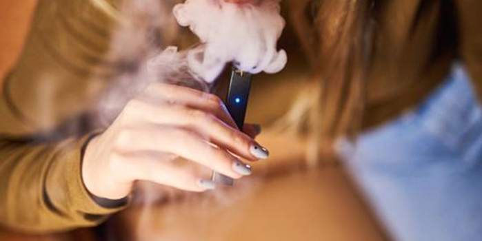 电子烟巨头Juul警告非烟民远离其产品:长期影响未知