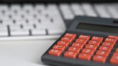 银保监会:理财子公司监管标准与其他资管机构一致