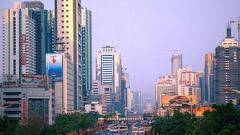 深圳:部分楼盘祭出分期首付 主动降价促销